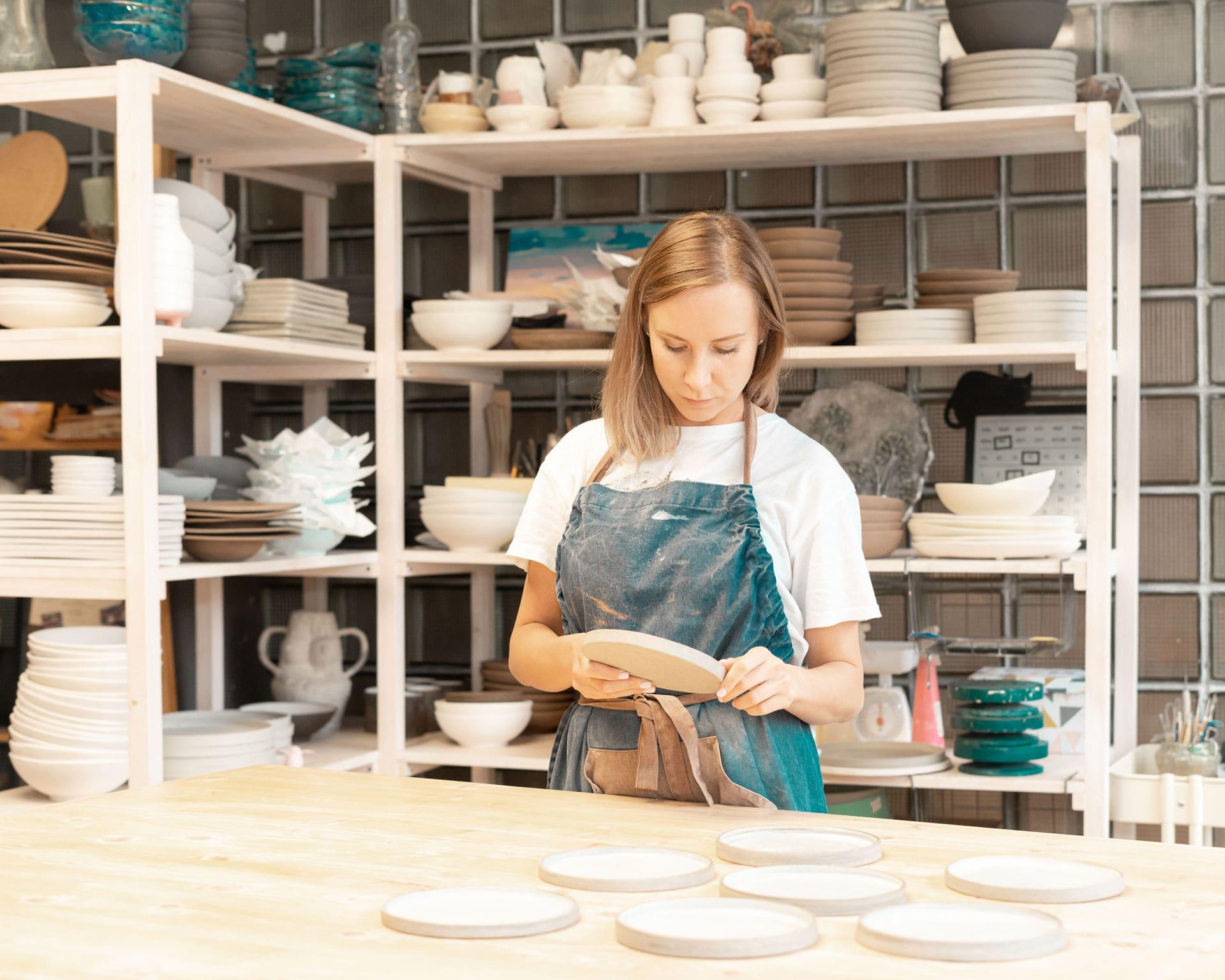 handcraft-product-earn-extra-money-side-hustle-tur-KLYG563-min